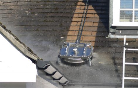 Roof Cleaning with Spinner Plate