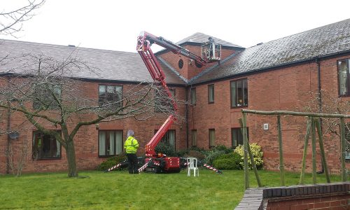 Roof_cleaning_Leeds
